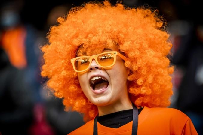 Van het Brulshirt tot de vuvuzela: kun jij je deze Oranjegadgets nog herinneren?