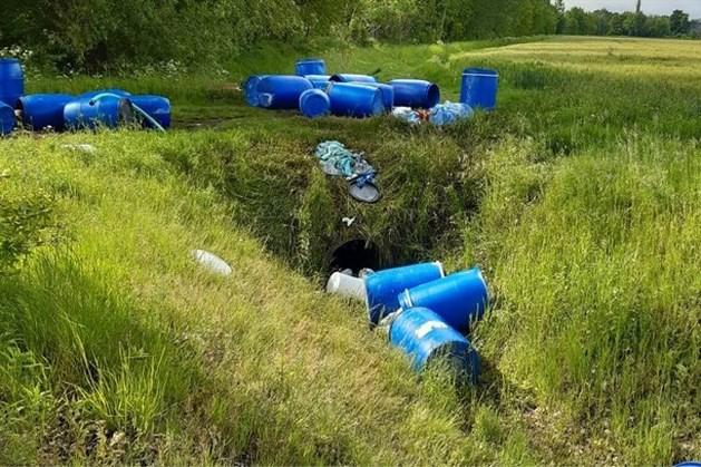 Mogelijk honderden liters drugsafval in Vulensbeek in Echt terechtgekomen