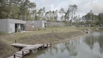 Op exotische vakantie in nationaal Park Hoge Kempen; luxe resort opent vrijdag de deuren vlak over de grens