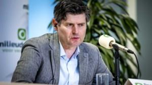 'Reuzendoder' Roger Cox uit Lemiers dwingt na Staat ook Shell op de knieën