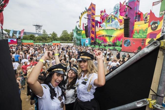 Festival 90's Forever Outdoor vertrekt van Maastricht Aachen Airport