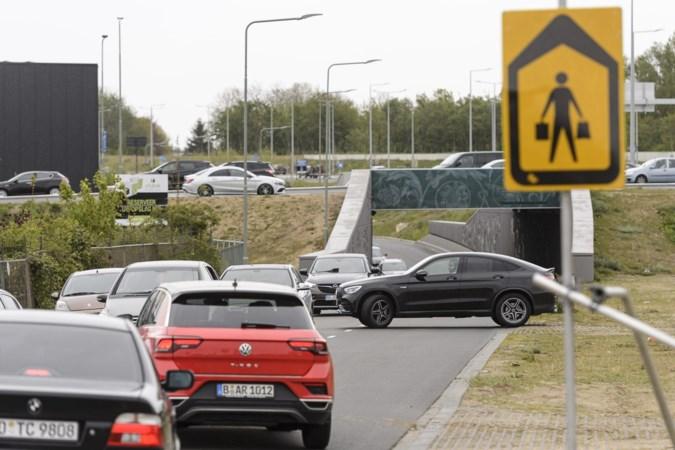 Roermond komt met reeks extra maatregelen om verkeersdrukte rond de Designer Outlet te beteugelen