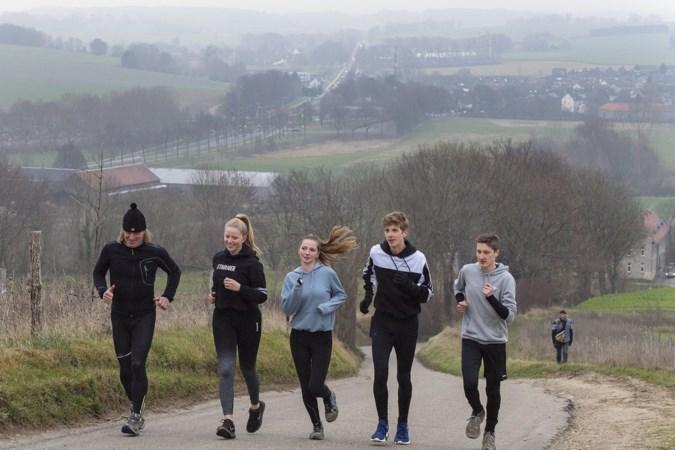 Limburgse scholen lopen, wandelen, fietsen, skeeleren en skaten de wereld rond