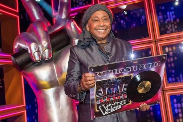 The Voice Senior-winnaar Jimi Bellmartin (72) overleden