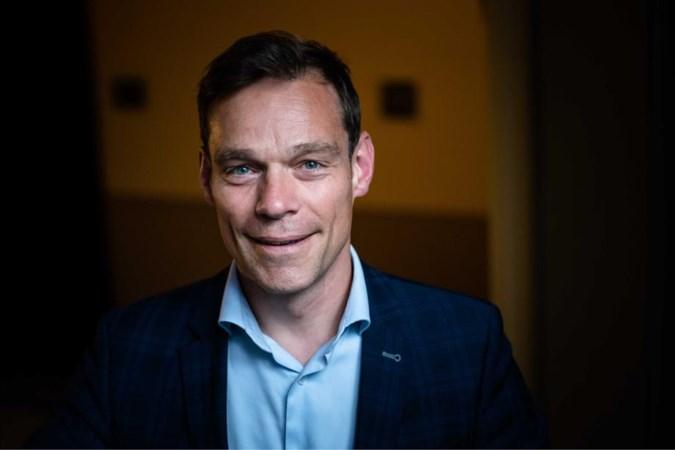 Martijn Van Helvert als 'redder in nood', maar hoe komt het oud-Kamerlid nu ineens in Roerdalen terecht?