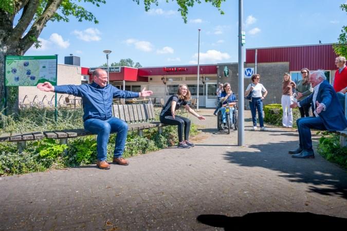 Rekken en strekken tijdens een wandeling: in Munstergeleen kan het met de beweegroute