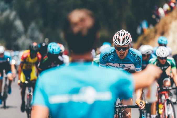 Lars Quaedvlieg is een echte koersavonturier: 'Ik heb alleen een dak, eten en een fiets nodig, dan ben ik al ontzettend gelukkig'