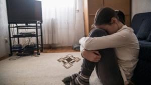 Celstraf geëist tegen man uit Roermond voor het jarenlang seksueel misbruiken van zijn minderjarige stiefdochter