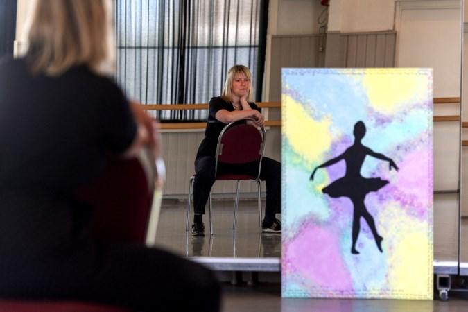 Ze kan haar dansschool na een operatie tegen kanker niet meer runnen zoals ze wil, dus stopt Martine (37) er helemaal mee