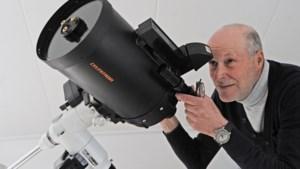 Ben Dambacher uit Hout-Blerick tuurt al zestig jaar naar de sterrenhemel, maar kan er thuis niet meer echt van genieten