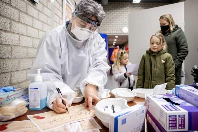 Meningen over vaccinatie kinderen lopen uiteen: 'We moeten echt breder kijken'