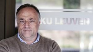 Bedreigde topviroloog Marc Van Ranst: 'Er lopen weddenschappen met hoeveel kogels ik word afgeknald'