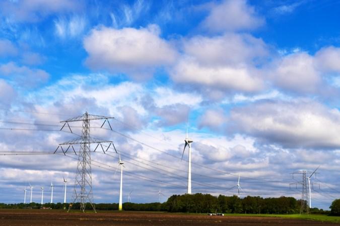 In Neer en Egchel, het 'stopcontact van de regio', fiets je straks van windmolen naar windmolen en van zonneweide naar zonneweide