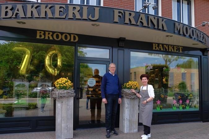 Weerter familie Moonen bakt al zeventig jaar met veel plezier brood en banket