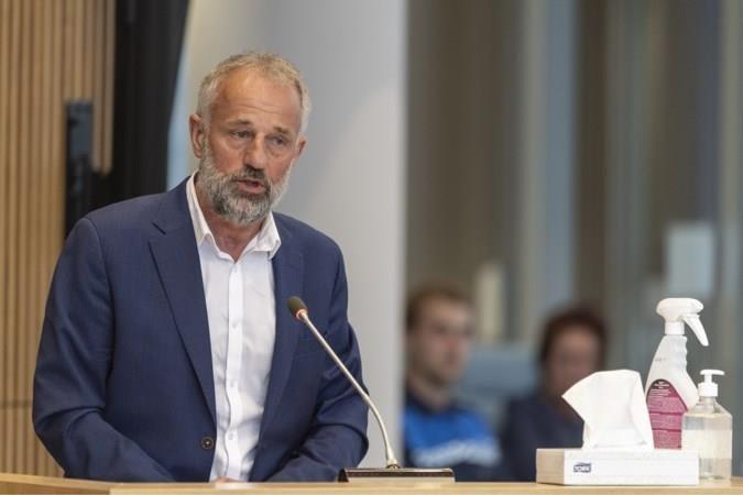 Voormalig burgemeester Heijmans stapt naar rechter om e-mails