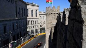 Red Bull voert het veld aan op eerste dag in Baku, problemen voor Mercedes