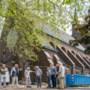 Oud-studenten nemen afscheid van de Paterskerk in Geleen tijdens reünie