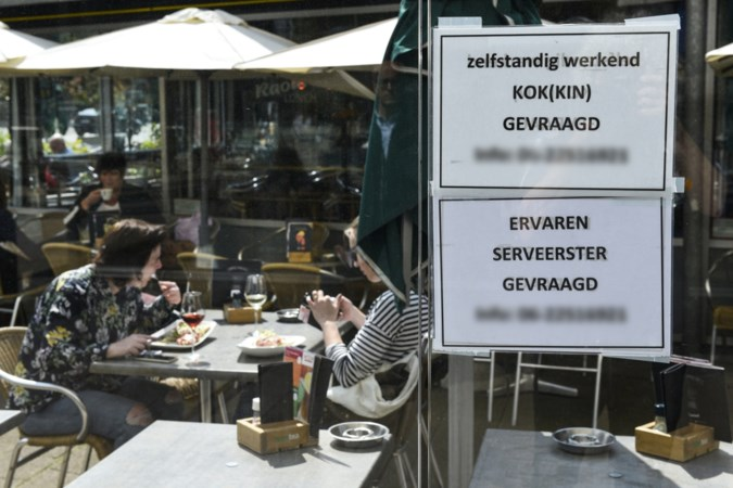 Personeelstekort horeca: 'Koks worden weggekaapt voor meer salaris of om het weekend vrij'