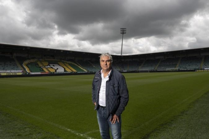 'Groundhopper' Hans Douw bezoekt overal ter wereld voetbalstadions, heeft al duizenden middenstippen gezien