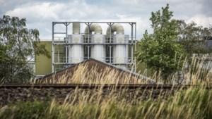 Provincie keurt verzesvoudiging mestfabriek Willems goed