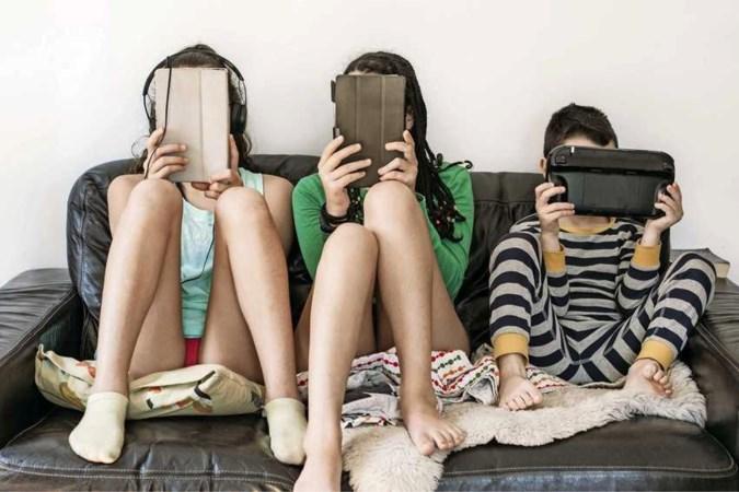 6 tips om je kind achter het beeldscherm vandaan te krijgen