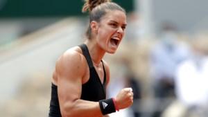 Sakkari schakelt titelhouder Swiatek uit en treft Krejcikova in halve finale