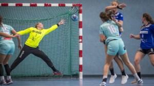 Doelvrouwe Kelly Hoffmans stopt met ballen stoppen: 'Het is goed geweest na negen jaar op het hoogste niveau gespeeld te hebben'