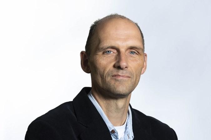 Column: KNVB maakt zich onsterfelijk belachelijk, de Jumbo-capes zijn niet meer aan te slepen