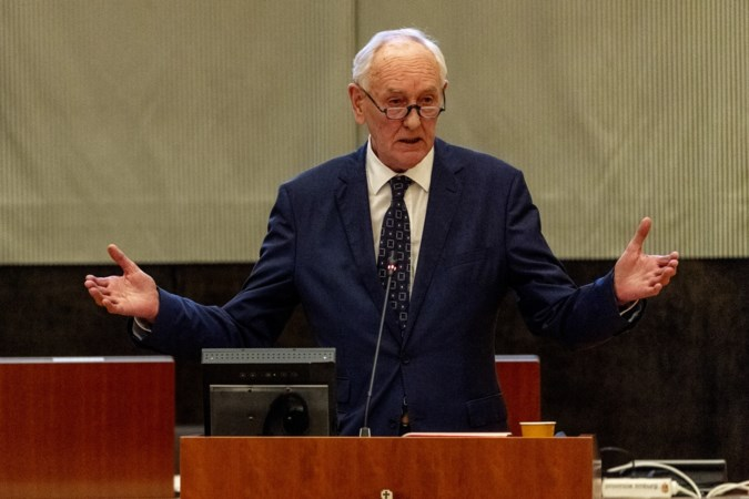 Hard ingrijpen om Limburg van de politieke chaos te bevrijden komt steeds dichterbij