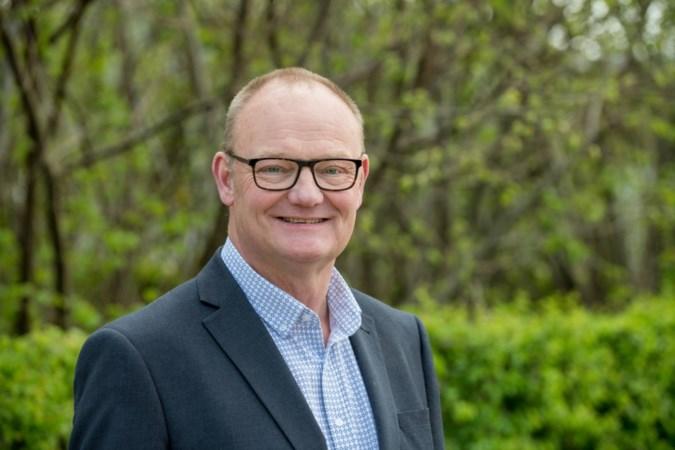 Termijn vervangend wethouder Rob Schwillens verlengd door gemeenteraad Beek