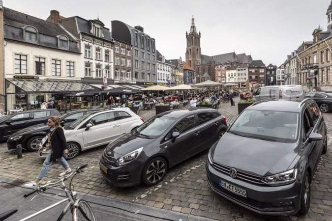 Kogel toch nog niet door de kerk: aanvullend onderzoek naar afschaffen parkeerplaatsen op de Markt in Roermond