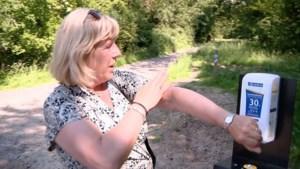 Video: Eerste zonnebrand-paal staat in Maastricht: 'Handig, was me vanmorgen vergeten in te smeren'