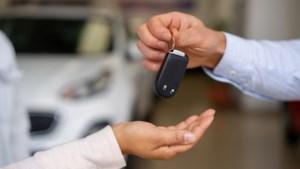 Klanten verliezen auto en zijn woest op Limburgs leasebedrijf: 'Dit is echt crimineel'