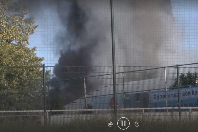 Alsnog enkele gasflessen aangetroffen in resten na brand op industrieterrein Brunssum