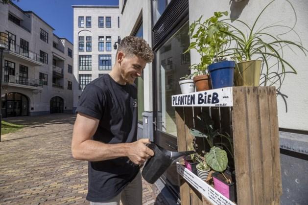 Plantenbieb Heerlen staat weer op vaste stekkie
