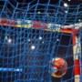 Lions sleept beslissende derde duel uit het vuur in strijd om landstitel