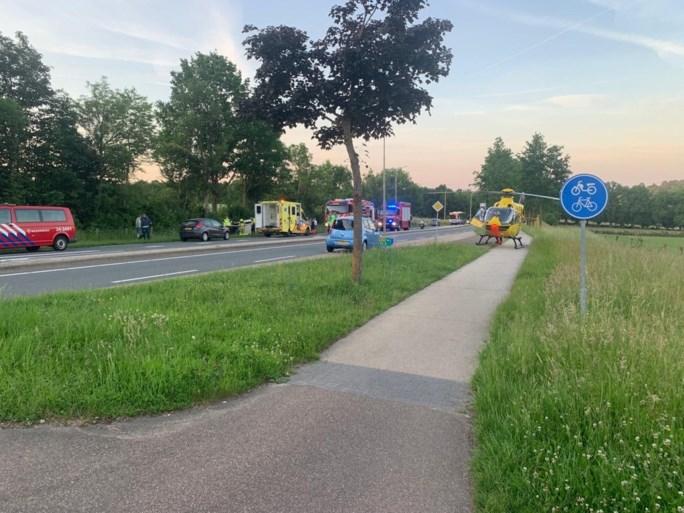 Aanrijding tussen twee auto's op N278 bij Ingber: Duitse traumaheli geland