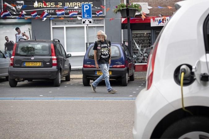 Elektrische auto als symbool van kloof arm-rijk? In Heerlen-Noord is amper één laadpaal te vinden