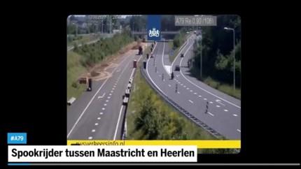 Politie haalt 89-jarige spookrijder van snelweg tussen Heerlen en Maastricht