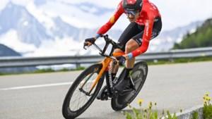Carapaz wint Ronde van Zwitserland, slotrit voor Mäder terwijl Poels na sterke fase ver terug valt