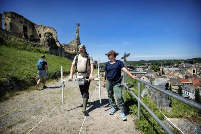 Speuren op ruïne Valkenburg naar sporen van laatste kasteelbewoners
