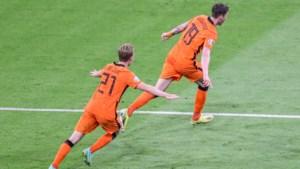 Frank de Boer heeft eindelijk eens het geluk aan zijn kont hangen