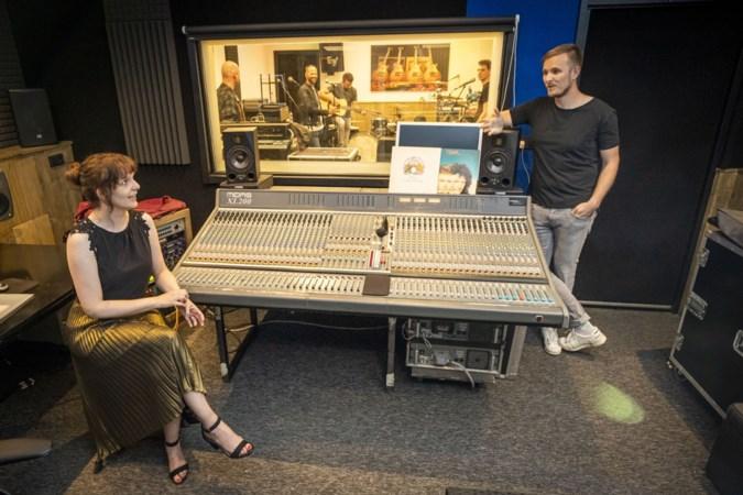 Horst heeft de smaak te pakken met nieuwe rockopera 'Queen in 't Plat'