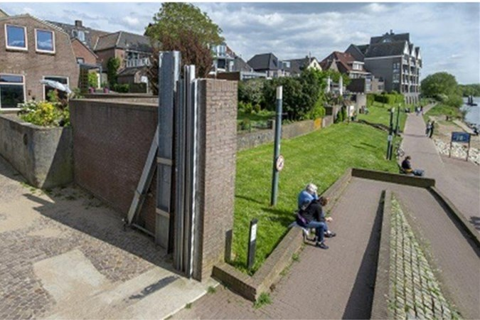 Venlo wil vijf ton bijdragen aan zelfsluitende waterkering in Arcen: 'Het kan niet meer fout gaan'