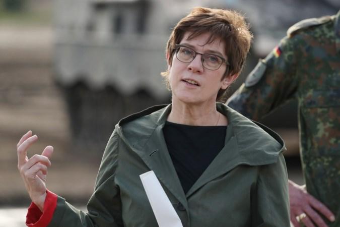 Duitse minister wil zware straf voor het zingen van antisemitische en racistische liedjes in het leger