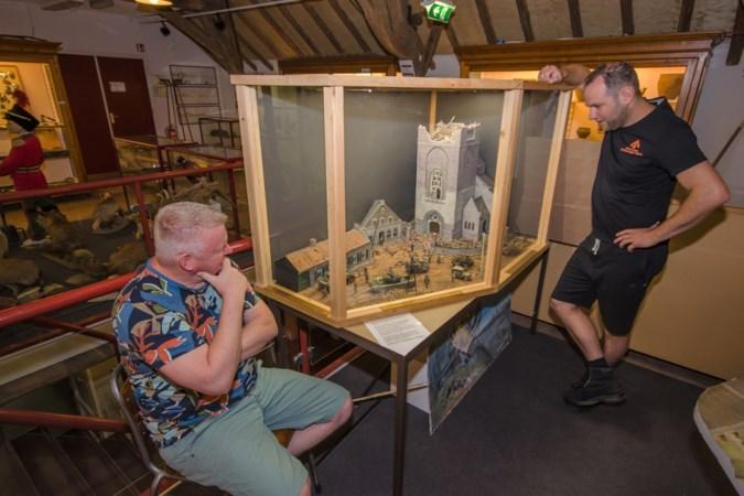 Oude foto van de bevrijding van Roggel leidt tot een unieke maquette in Leudalmuseum