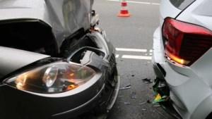 Deze hulpsystemen in auto's kunnen tientallen verkeersdoden voorkomen