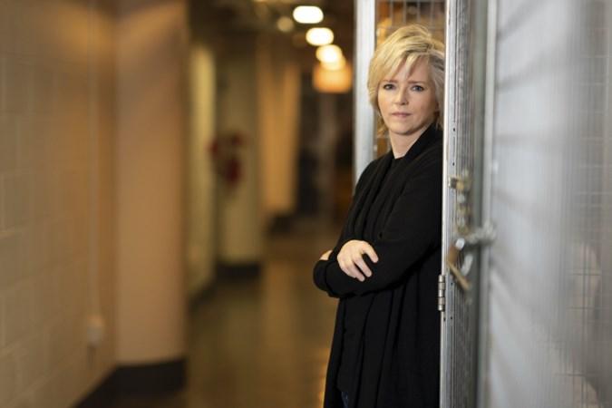 Nieuwe thriller Karin Slaughter over zussen met een duister geheim: 'Dit jaar was heftig'