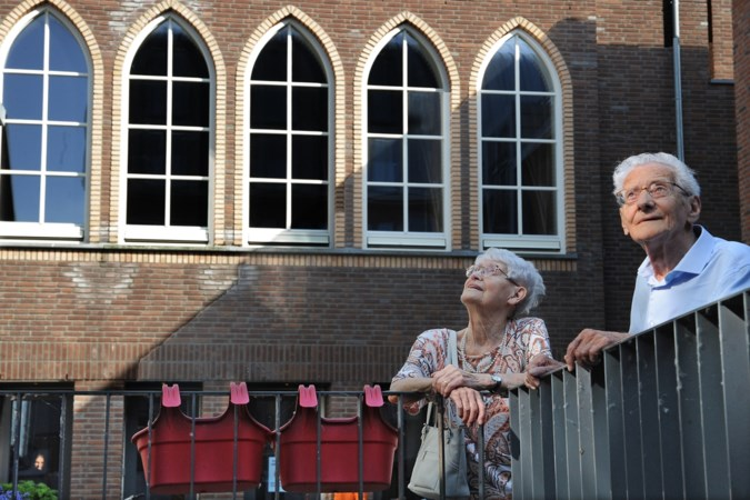 Wezen keren na ruim 70 jaar terug in Weishoès: 'De voornaam van mijn moeder? Die weet ik niet'