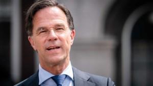Sms'jes van Mark Rutte over coronabestrijding openbaar gemaakt